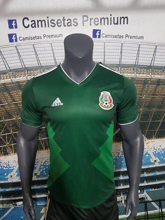Las especulaciones por el nuevo uniforme de la Selección Mexicana parecen  ya estar llegando a su fin 01e55bf123239
